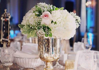Calgary Wedding Florist Fairmont Palliser Wedding Creative Weddings White Dress Photography Calgary Bride blrec16
