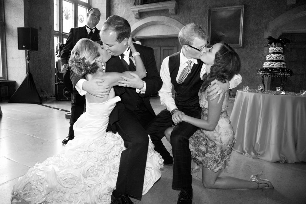 Wedding Kissing Games, Alternative To Clinking Glasses, Wedding Reception Ideas, Creative Weddings Planning & Design, Calgary Wedding Planner, Wedding Planner Calgary, Calgary Wedding Planning, Banff Wedding Planner, wedding planner in Banff, Banff Wedding Planner, Wedding Planner, Reception Ideas