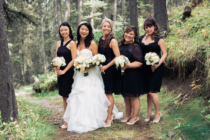 Azuridge Wedding, Creative Weddings Planning & Design, Calgary Wedding Planner, Event Wedding, Fall Wedding, Wedding Planner in Calgary, Newlyweds, Azuridge Wedding Bridesmaids
