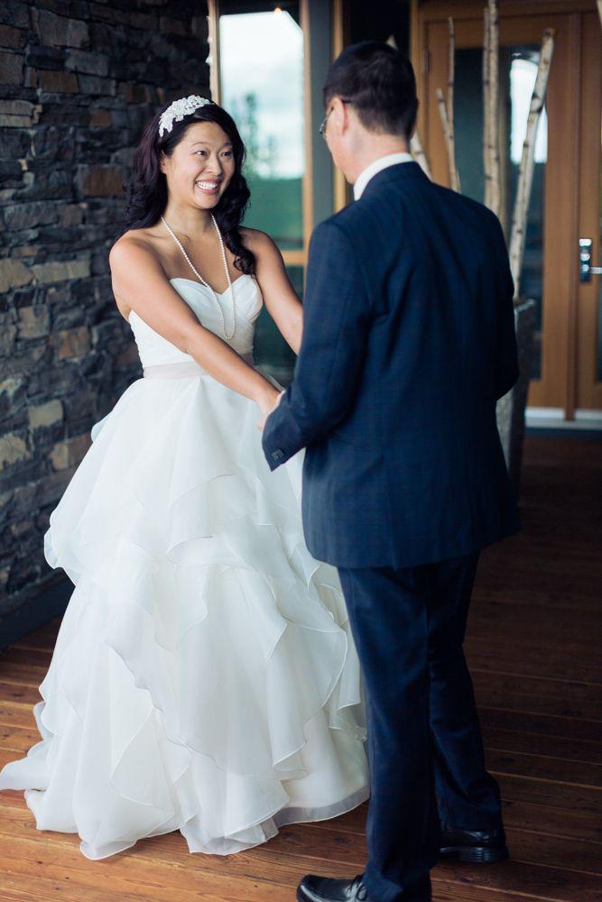 Azuridge Wedding, Creative Weddings Planning & Design, Calgary Wedding Planner, Event Wedding, Fall Wedding, Wedding Planner in Calgary, First Look