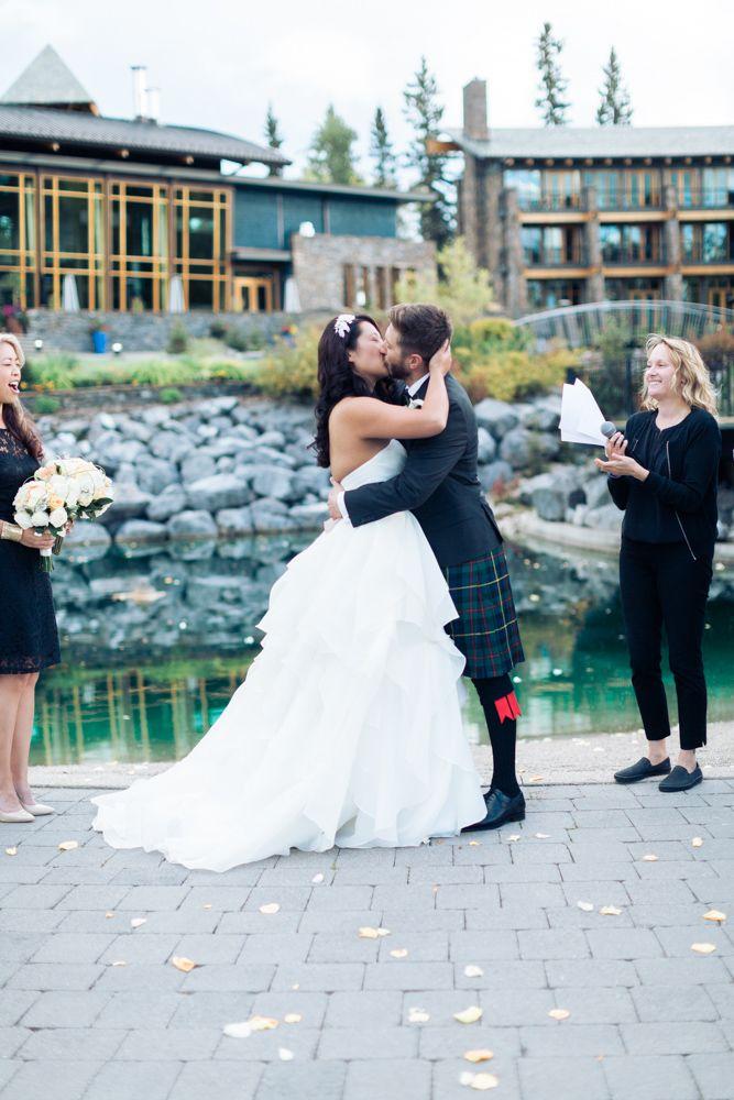Azuridge Wedding, Creative Weddings Planning & Design, Calgary Wedding Planner, Event Wedding, Fall Wedding, Wedding Planner in Calgary, First Kiss