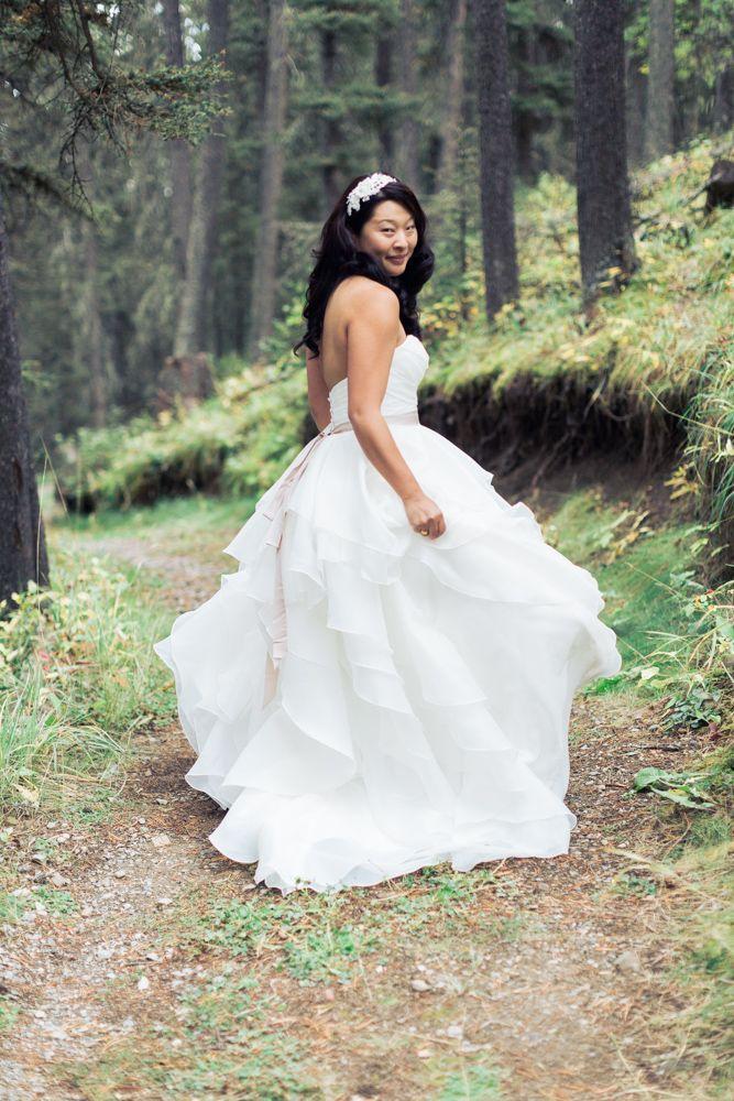Azuridge Wedding, Creative Weddings Planning & Design, Calgary Wedding Planner, Event Wedding, Fall Wedding, Wedding Planner in Calgary, beautiful bride
