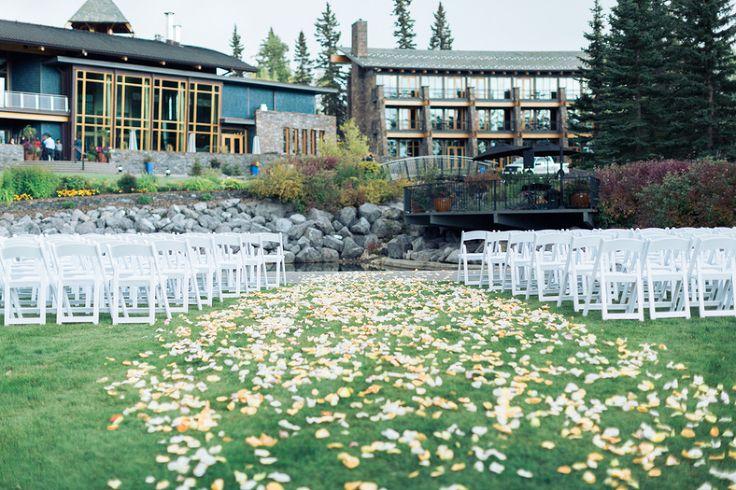 Azuridge Wedding, Creative Weddings Planning & Design, Calgary Wedding Planner, Event Wedding, Fall Wedding, Wedding Planner in Calgary, Azuridge Outdoor Ceremony