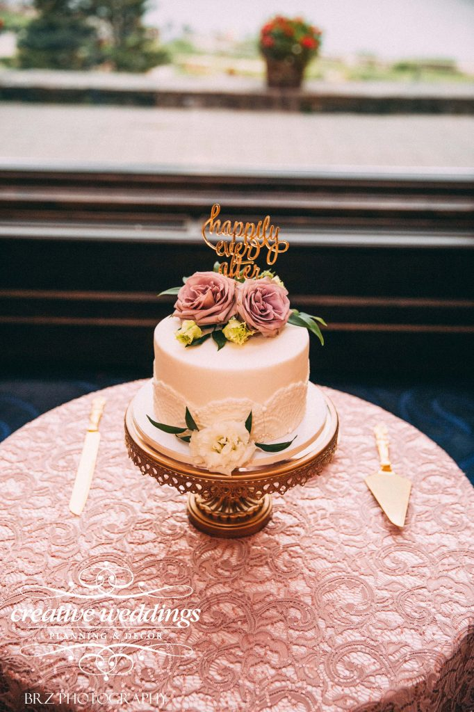 wedding cake, kake by darci, Lake Louise Wedding, Creative Weddings Planning & Design, single tier cake