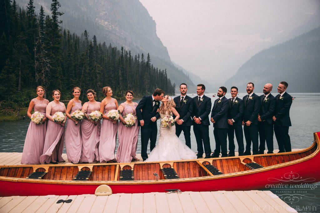 Canoe Wedding Photo, Lake Louise Wedding, Real Wedding, Wedding Party, Creative Weddings Planning & Design